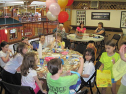 Great Cupcake Hunt Party